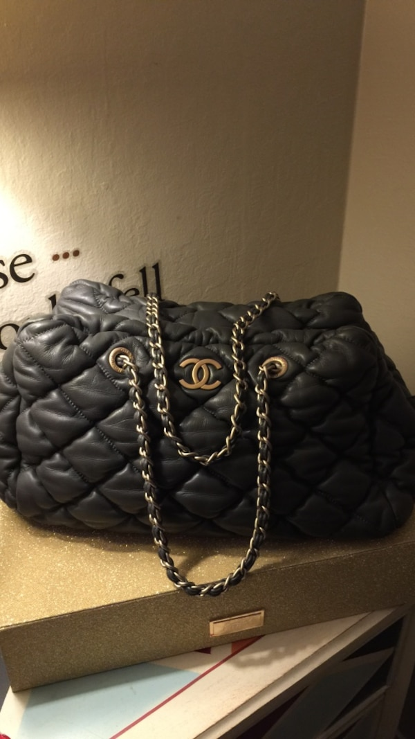 a27662eaf11b Used quilted black Chanel leather crossbody bag for sale in Redwood City -  letgo
