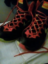 black red and green nike basketball shoes College Park, 20740