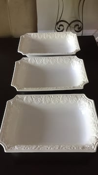 3 white serving dishes.  Perfect condition. Collingwood, L9Y 3B1
