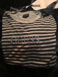 Blue guess stripped tee  Burnaby, V5B 2J4