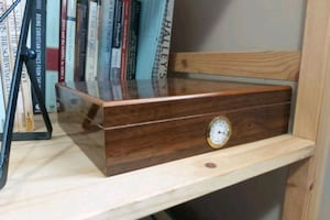 20 cigar humidor. cherry wood, with spare hydrometer.