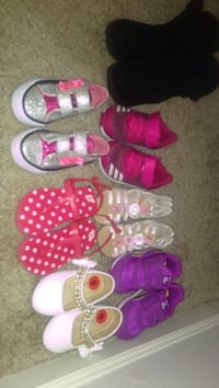 Kid shoes first two size 6 rest are size 7 all of them for 70$  Shreveport, 71129