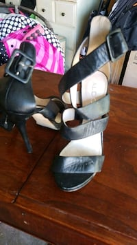 Size 7 Aldo sandals  Kitchener