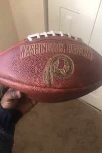 Redskins collectible real game ball signed my tj duckett