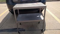 Rolling Cart / TV Stand West Des Moines, 50266