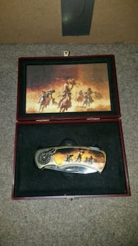 Indian Collectible Knife Russellville, 35654