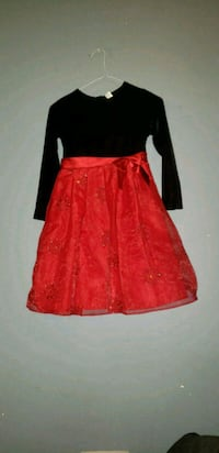 Kids red and black floral dress Calgary, T2Y 4E5