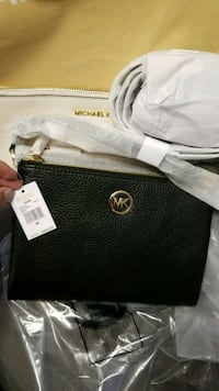 black Michael Kors leather purse  Pickering, L1V 4Y6