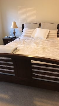 Top of the line Queen bed+mattress+side table+dresser Cleveland, 44106