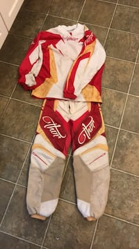 Thor dirt bike jersey and pants would fit kids age 6-9 located in west kelowna Kelowna, V4T 2V6