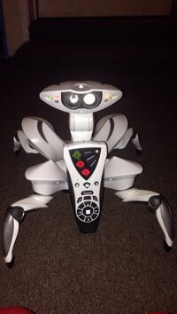 white spider robot toy with remote control Tulare, 93274