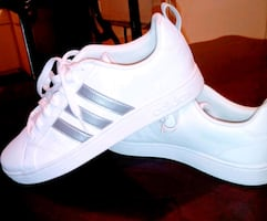 Very nice Adidas sneakers boys size 9