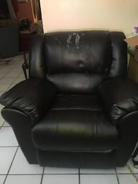 Black leather reclining chair Miami, 33196
