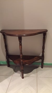 Vintage decorative side table Toronto, M3J 1Y4