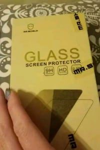 Zmax pro cases and screen protector lot Woodbridge, 22193
