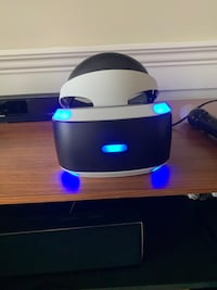 PSVR V1 with ps camera, move controllers, and charging stand Surrey, V4A 2N9