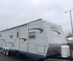 2005 Jayco Jay Flight 31 Ft. Good  Excellent condition.
