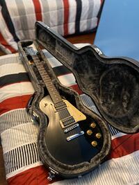 Epiphone Les Paul Electric Guitar.