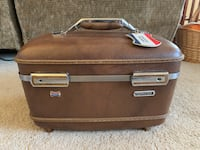 Vintage 1960s American Tourister Train Case Brown Columbia, 29212