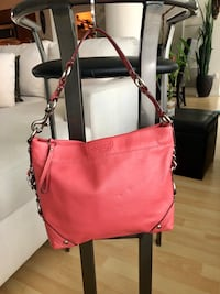 women's red leather 2-way bag Toronto, M3A