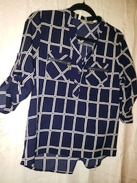 MED Ladie's business casual shirt