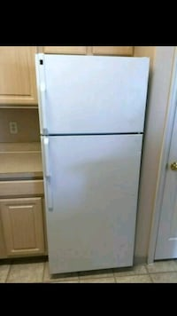 White Refrigerator -Delivery Available Duluth, 30096