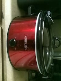red and black Hamilton Beach slow cooker North Las Vegas, 89030