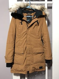 Golden by tna warmest parka  713 km