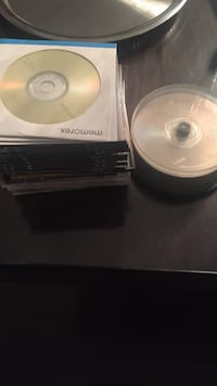 44 empty cds Laval, H7W 0G1
