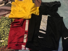 Men's assorted Nike clothes