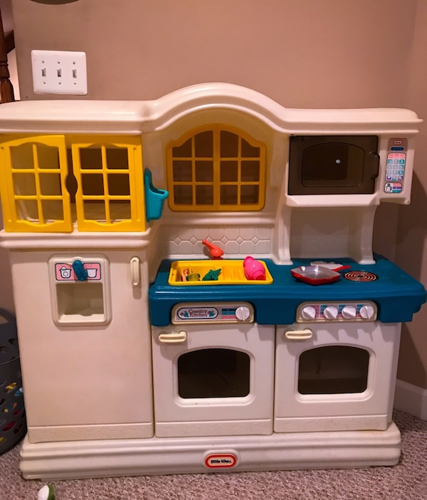 Big kids kitchen for SALE!!!