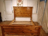 Piece of art solid wood queen size bed frame in great condition. Headb West Springfield, 22152