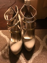 Gold Nude shoes Stunning Apple Valley, 92308