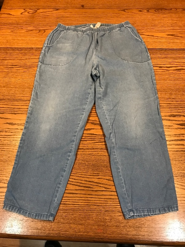 0580987ed83 Used Womens Plus White Stag Pants 18 20 for sale in Fort Wayne - letgo