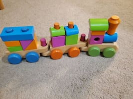Wooden puzzle train toy