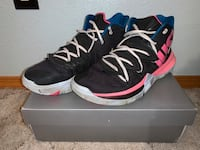Kyrie 5 'just do it'