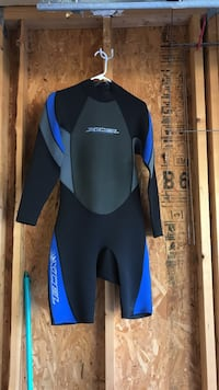 Extra large wet suit never worn Wilmington, 28412