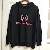 Balenciaga logo sweater in black and pink Mont-Royal, H4P 1J3