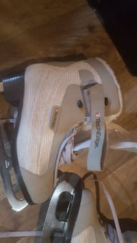 Brand new never worn womans skates Mascouche