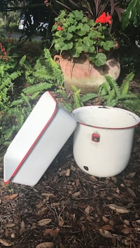 Vintage red and white enamelware $10 each or both for $15 Dunnellon, 34433