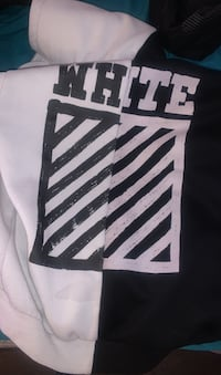 OFF-WHITE Sweater Size Small