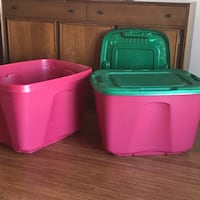 Rubbermaid containers Ashburn, 20147