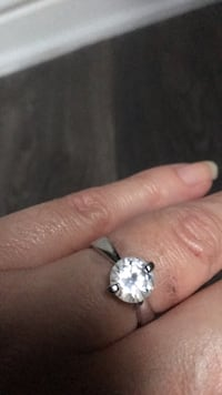 silver and diamond solitaire ring Las Vegas, 89108