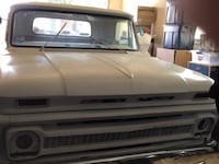 Chevrolet - c-10  - 1964 long bed step side small rear window Rio Vista