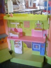 caring corners dollhouse 900 mi