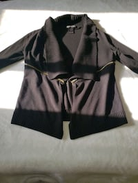 Sweater size small Richmond Hill, L4B 4K5