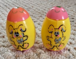 Vintage Pop Up Peep Chick Eggs