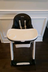 Peg Perego siesta high chair Bradford West Gwillimbury, L3Z 2A6