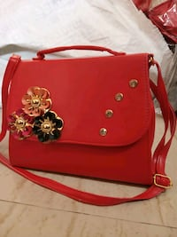 red and brown leather crossbody bag Thane, 400615