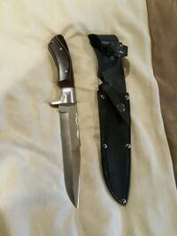 Bowie knife.  80 dollars new. Grove City, 43123